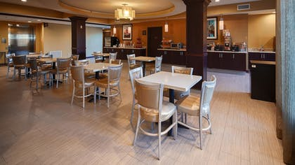 Restaurant | Best Western Plus New Orleans Airport Hotel