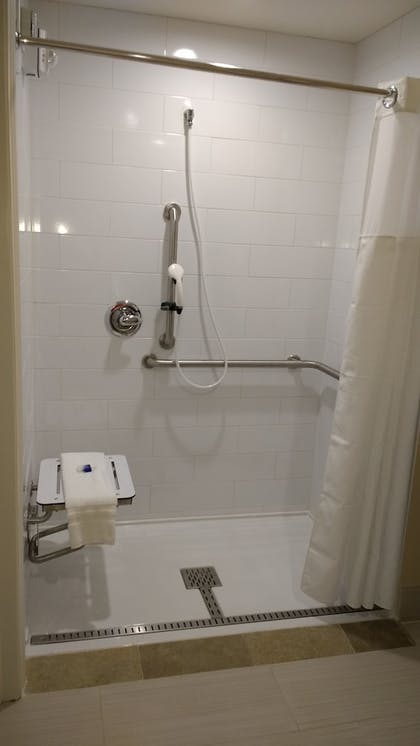 Bathroom Shower | Best Western Plus New Orleans Airport Hotel