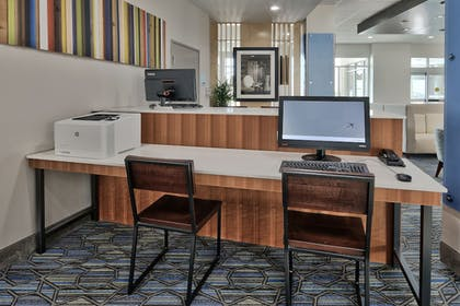 Business Center | Holiday Inn Express & Suites Houston East - Beltway 8