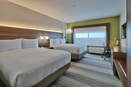 Guestroom | Holiday Inn Express & Suites Houston East - Beltway 8