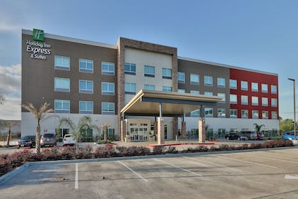 Featured Image | Holiday Inn Express & Suites Houston East - Beltway 8