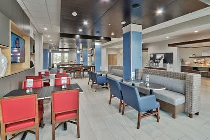 Restaurant | Holiday Inn Express & Suites Houston East - Beltway 8