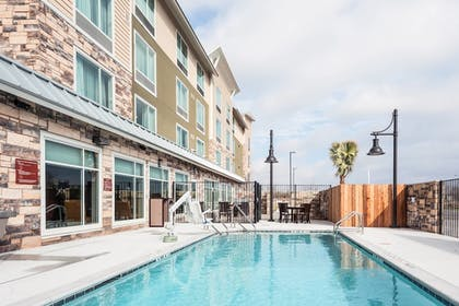 Outdoor Pool | TownePlace Suites by Marriott Austin North/Tech Ridge