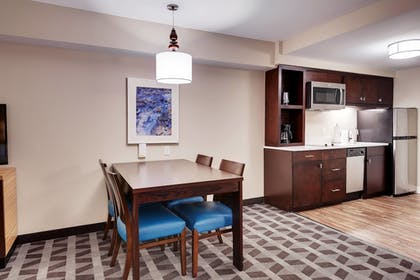 Guestroom | TownePlace Suites by Marriott Austin North/Tech Ridge