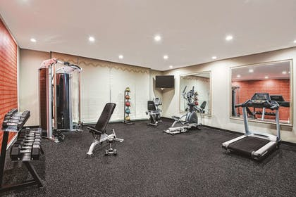 Fitness Facility | La Quinta Inn & Suites by Wyndham San Antonio by AT&T Center