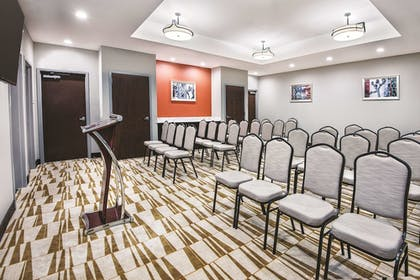 Meeting Facility | La Quinta Inn & Suites by Wyndham San Antonio by AT&T Center