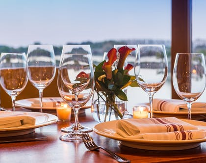 Food and Drink | The Lodge at Columbia Point