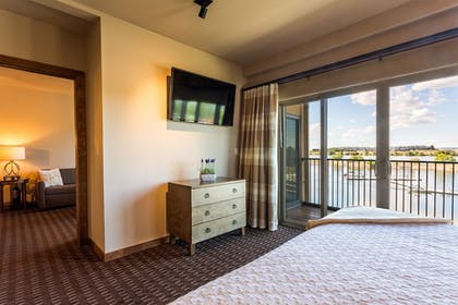Room | The Lodge at Columbia Point