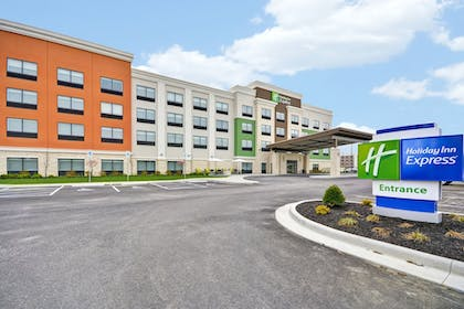 Featured Image | Holiday Inn Express Evansville