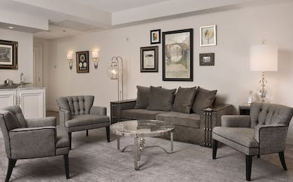 Living Area | The Ivey's Hotel