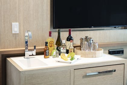 Minibar | H2O Suites - Adults Only