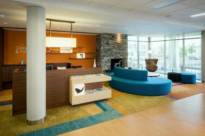 Lobby | Fairfield Inn & Suites by Marriott Tacoma DuPont