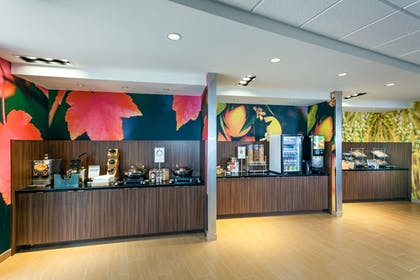 Breakfast buffet | Fairfield Inn & Suites by Marriott Tacoma DuPont