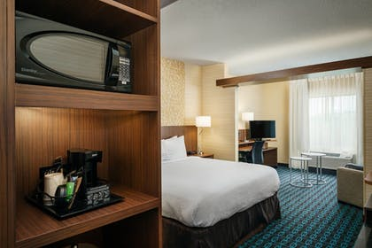 Guestroom | Fairfield Inn & Suites by Marriott Tacoma DuPont