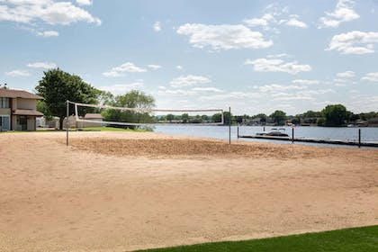 Sport Court | AmericInn by Wyndham La Crosse Riverfront-Conference Center