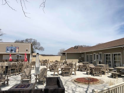 BBQ/Picnic Area | AmericInn by Wyndham La Crosse Riverfront-Conference Center