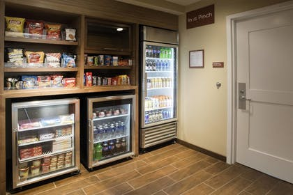Snack Bar | Towneplace Suites by Marriott Pittsburgh Cranberry Township