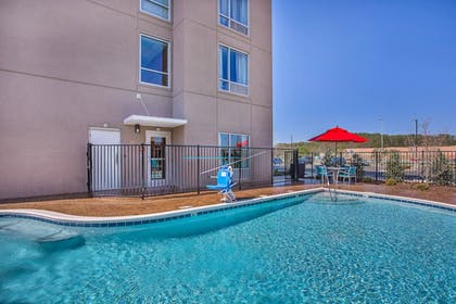 Outdoor Pool | TownePlace Suites by Marriott Cookeville