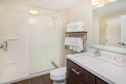 Guestroom | TownePlace Suites by Marriott Cookeville