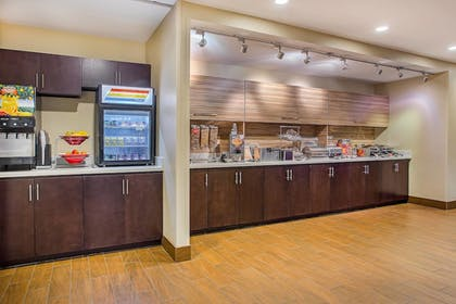 Restaurant | TownePlace Suites by Marriott Cookeville