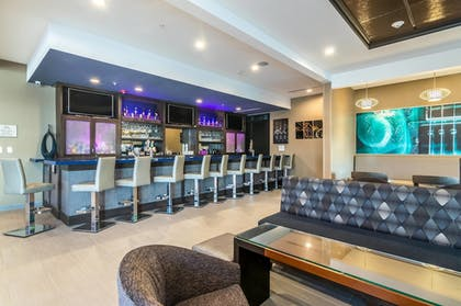 Hotel Bar | SpringHill Suites by Marriott Oklahoma City Downtown
