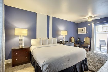 Guestroom | Avalon Hotel Downtown St. Petersburg