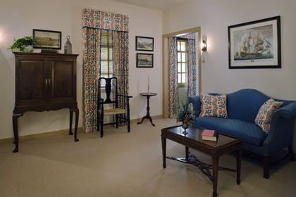 | The Colonial Houses - A Colonial Williamsburg Hotel