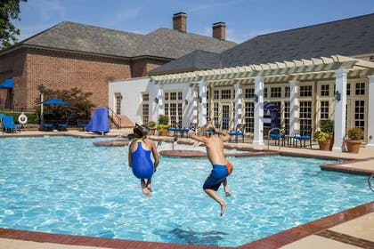 Outdoor Pool | The Colonial Houses - A Colonial Williamsburg Hotel