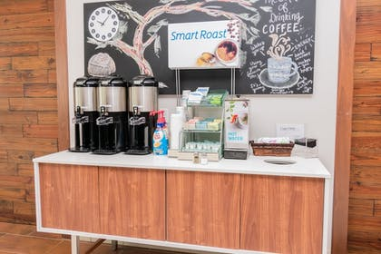 Coffee Service | Holiday Inn Express & Suites Houston IAH - Beltway 8
