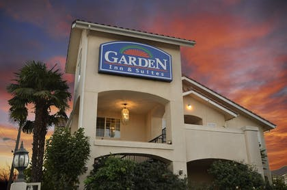 Featured Image | Garden Inn and Suites