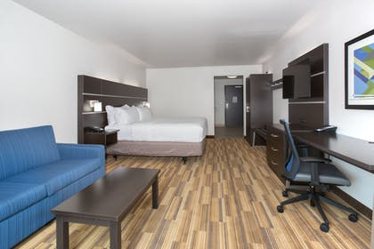Guestroom   Holiday Inn Express & Suites Rapid City - Rushmore South