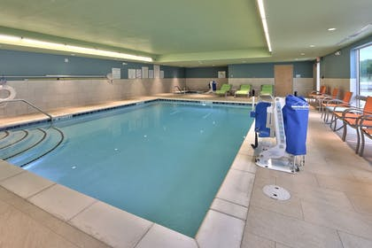 Pool | Holiday Inn Express & Suites Roswell