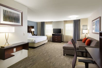 Guestroom | Staybridge Suites Columbus Polaris