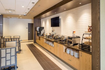 Breakfast Area | Best Western Plus Franciscan Square Inn and Suites