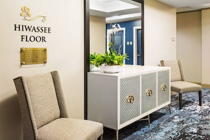 Hallway | The Tennessean Personal Luxury Hotel