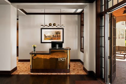 Lobby | Fenway Hotel Autograph Collection