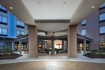 Hotel Entrance | Home2 Suites by Hilton Murfreesboro