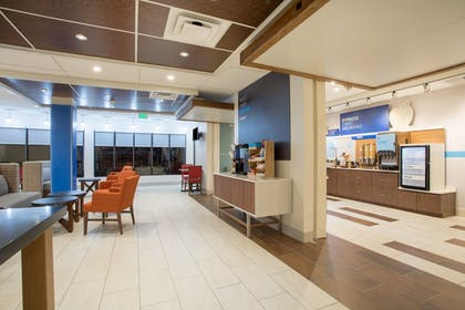 Restaurant | Holiday Inn Express & Suites Owings Mills-Baltimore Area