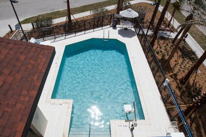 Sports Facility | Fairfield Inn & Suites by Marriott Clearwater Beach