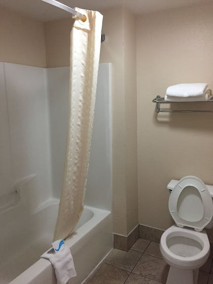 Bathroom | Best Inn & Suites