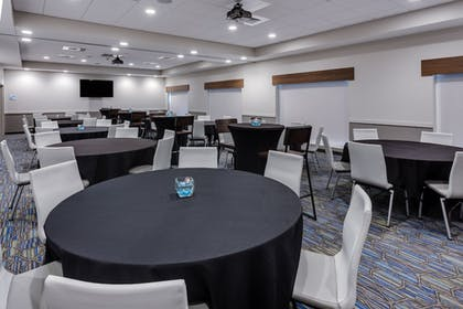 Banquet Hall | Holiday Inn Express & Suites Rice Lake