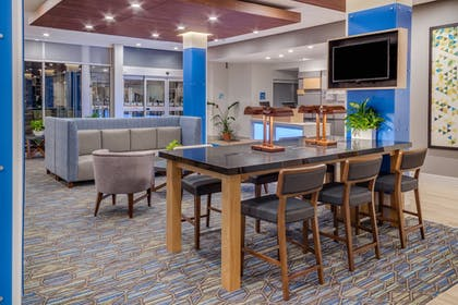 Lobby | Holiday Inn Express & Suites Rice Lake