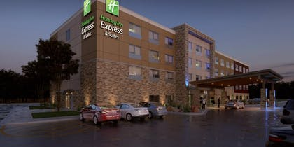 Hotel Front | Holiday Inn Express & Suites Rice Lake