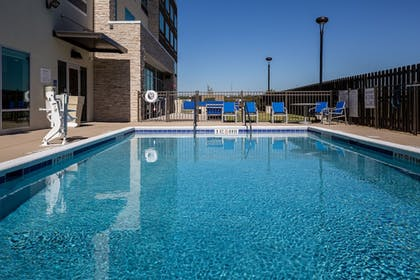 Pool | Holiday Inn Express North Augusta