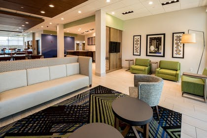 Lobby | Holiday Inn Express North Augusta