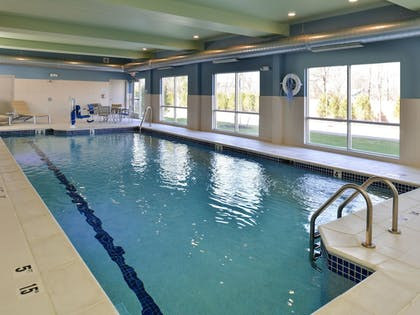 Pool | Holiday Inn Express & Suites Brighton South - US 23