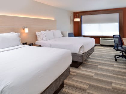 Guestroom | Holiday Inn Express & Suites Brighton South - US 23