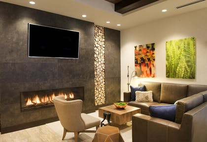 Lobby Sitting Area | SpringHill Suites by Marriott Bend