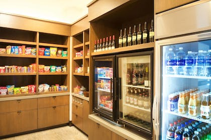 Snack Bar | SpringHill Suites by Marriott Bend