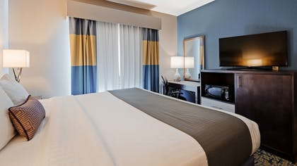 Guestroom | Best Western Plus Erie Inn & Suites
